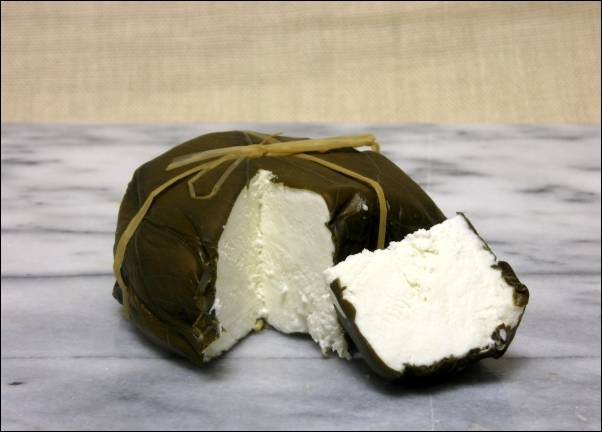 hoja_santa_cheese.jpg